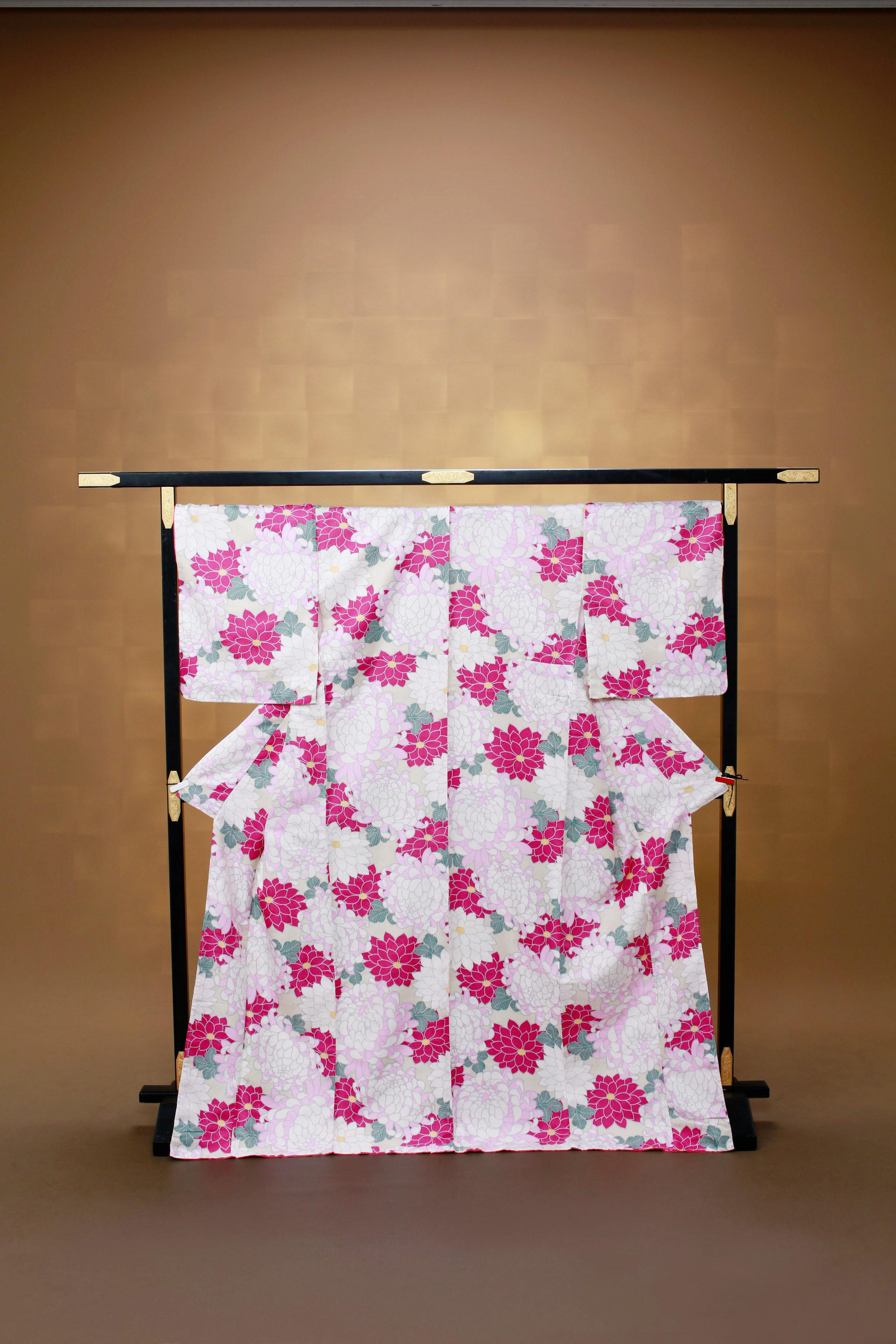 白 ピンク赤花柄 レンタル着物